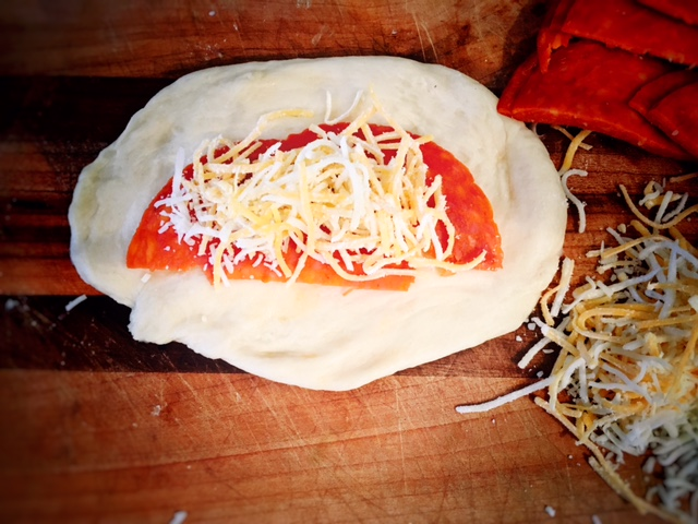 pepperoni-rolls-4