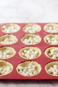 making mini tarts