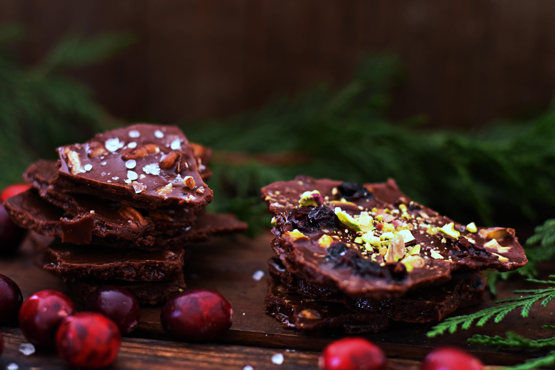 Easy Raw Chocolate Bark