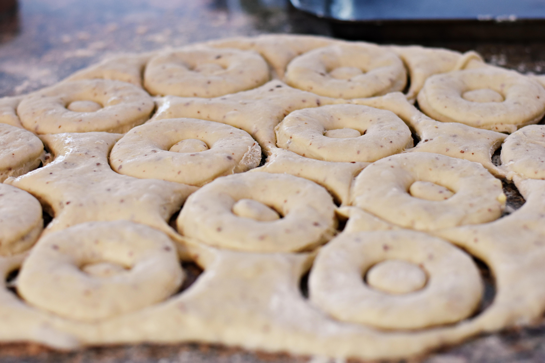 Making Vanilla donuts
