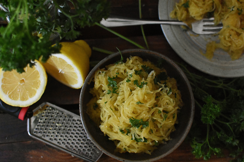 Lemon Garlic Butter Spaghetti Squash