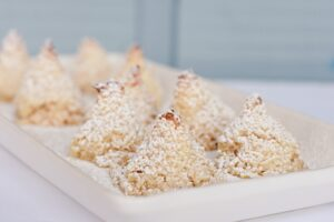 Christmas coconut macaroons
