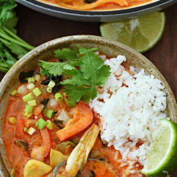 Vegetarian Thai red curry