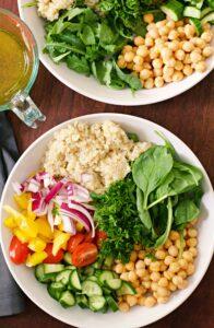 making quinoa salad
